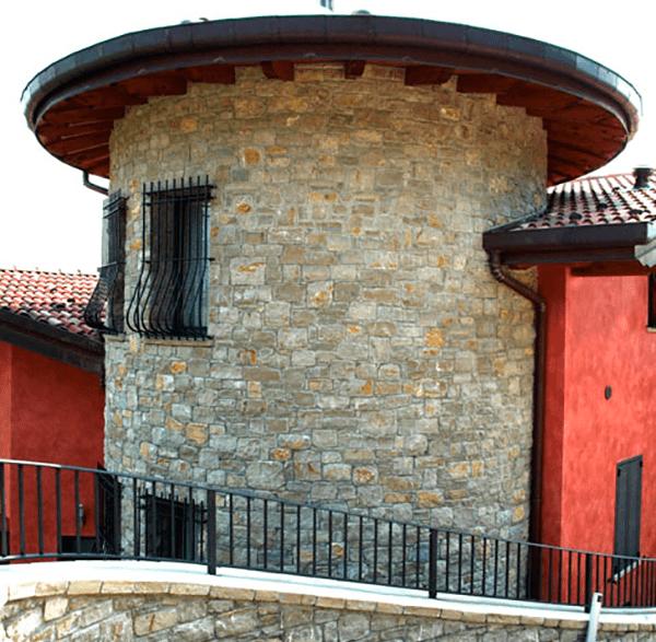 pietra di credaro costruzione torre